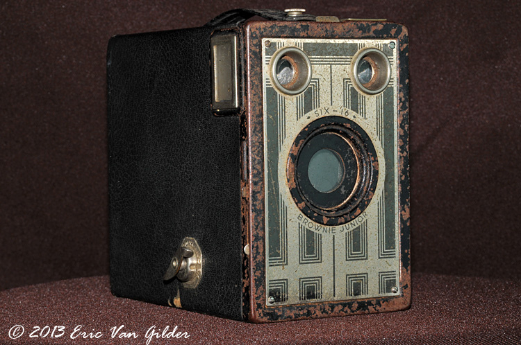 1930-1942 Kodak Brownie Jr               Six-16
