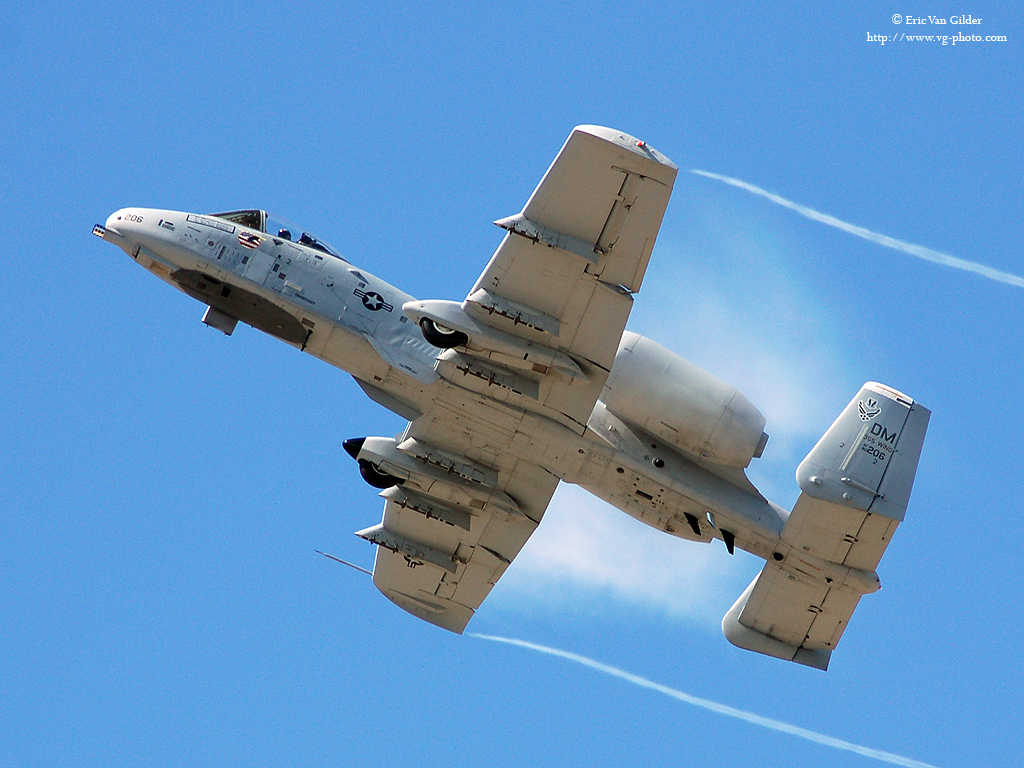 warthog a 10 thunderbolt ii a10 gau8 broke desktop 3000x1822 wallpaper ...